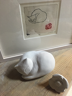 猫と版画.jpg